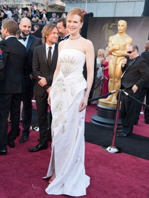 二コール・キッドマンはクリスチャン・ディオールの白いドレス