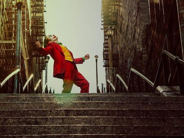 """""""ジョーカー""""役ホアキン・フェニックスの名演は必見!現在公開中の『ジョーカー』"""