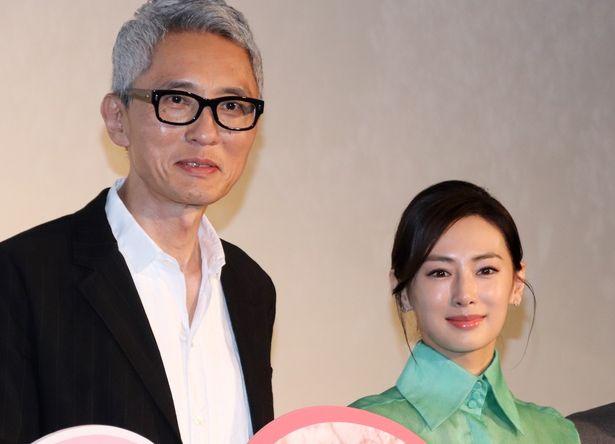 一回り以上年が離れた夫婦を演じた松重豊と北川景子