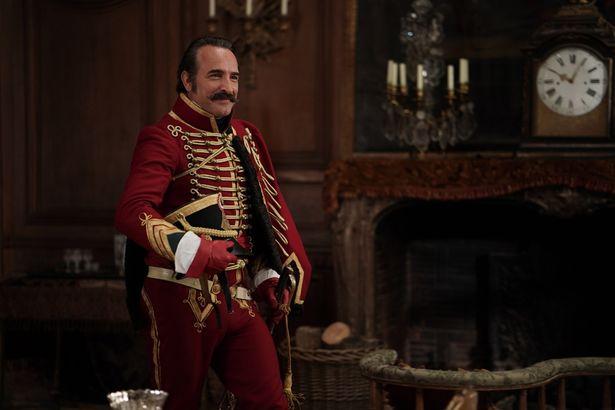 【写真を見る】オスカー俳優、ジャン・デュジャルダンの魅力が爆発した『英雄は嘘がお好き』