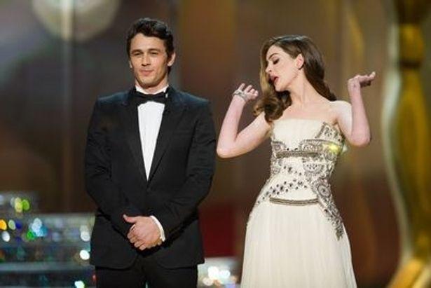 史上最年少のアカデミー賞司会者として注目されたふたり。だが結果的に受賞式の視聴率は低下