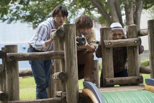 映画青年のシン(満島真之介)たちが、村田を主人公にした自主映画を撮っていく