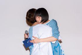 夏帆、監督からのサプライズメッセージに号泣!「本当に大事な出会いになりました」