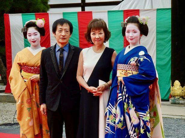 【写真を見る】ノースリーブドレスで登壇した浅田美代子が樹木希林への想いを語る!<写真46枚>