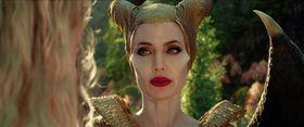 5年ぶりにスクリーンに登場した美しきヴィラン『マレフィセント』の世界をおさらい!