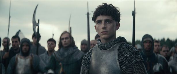 ティモシー・シャラメがヘンリー5世を演じる『キング』