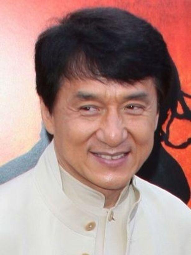 コンサートにはジャッキー・チェンの呼びかけに応えて集まった香港の芸能人が参加予定