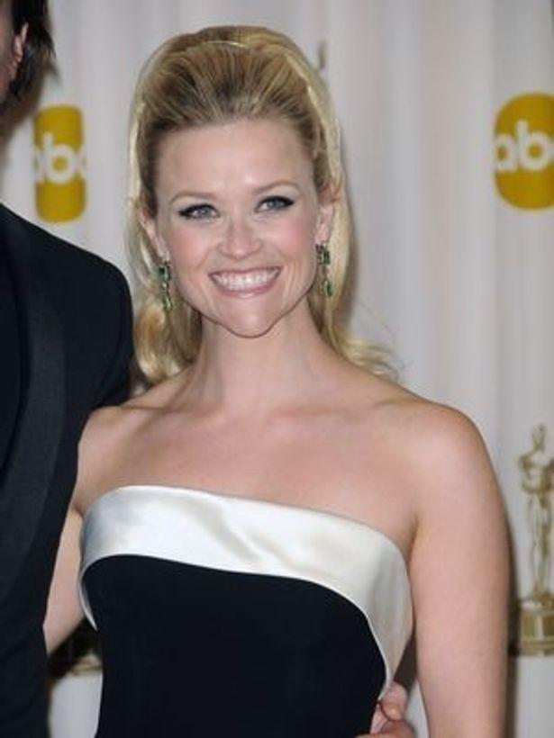 かねてから交際していたハリウッドのエージェントと結婚したリース・ウィザースプーン