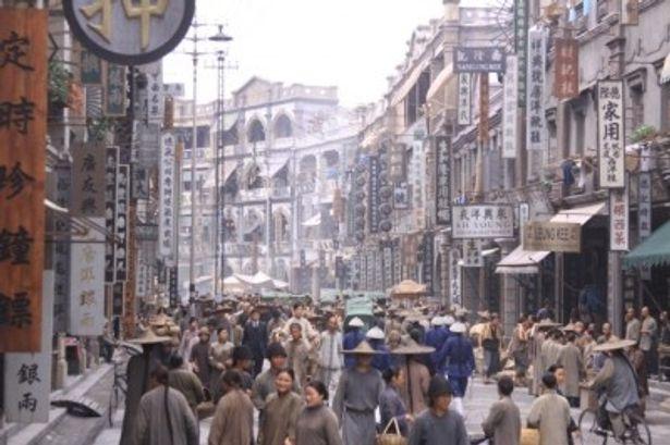 8年間かけて作られた1905年の香港中心街を再現する『孫文の義士団』の豪華セット
