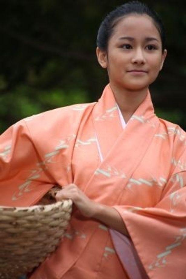 「NHK BS時代劇 『テンペスト』」で主人公・真鶴の少女時代を演じる田崎アヤカ