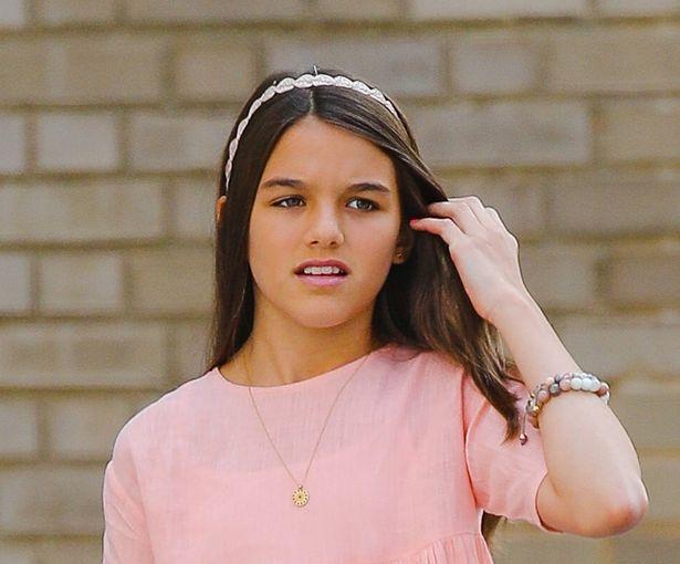 トム・クルーズにそっくりの娘スリ