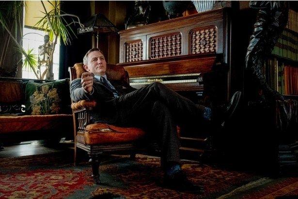 【写真を見る】マーク・ハミルも『ナイブズ・アウト』でノックアウト!?驚異の満足度を誇るミステリーが1月公開