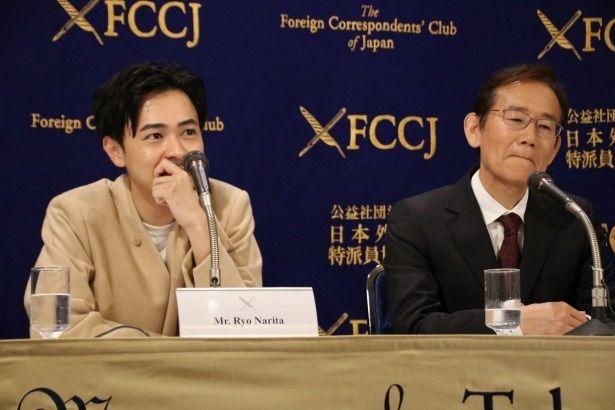 周防正行監督から「タイプだった」と言われて微笑む成田凌