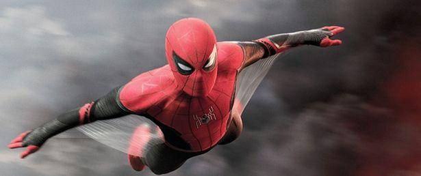 ホランドが実際にスパイダーマン・スーツを着て撮影に臨んだシーンも