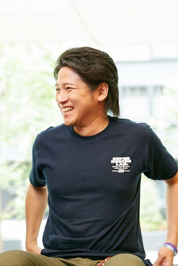 本作の後、「仮面ライダー555(ファイズ)」にも出演した原田。現在は赤坂見附で飲食店を経営。特撮ソングによるディスコイベントなどもプロデュースしている