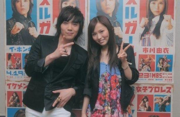 ドラマ「マッスルガール!」で初共演する市川由衣(写真右)とイ・ホンギ(同左)