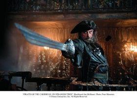 """妻は14人!『パイレーツ4』に登場する実在の海賊""""黒ひげ""""の豪傑ぶりとは?"""