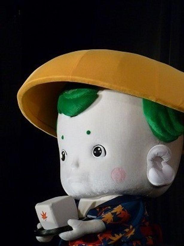 豆腐小僧の可愛らしい仕草に空気が和んだ