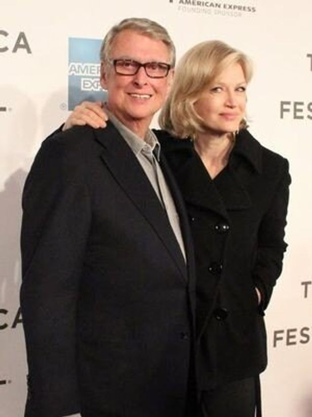 『クローサー』でジュリアとタッグを組んだ名監督マイク・ニコルズと、その妻ダイアン・ソーヤーもレッドカーペットを歩いた