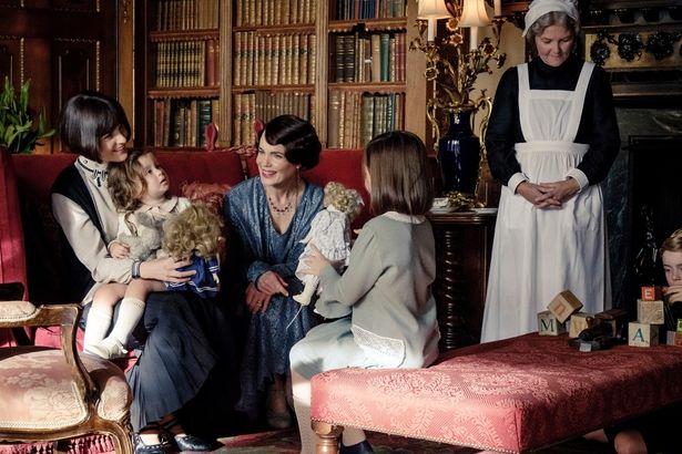 華やかな暮らしぶりで、貴族文化に憧憬のあるアメリカでもドラマは人気を集めた