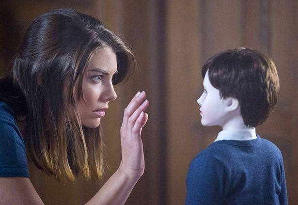 コーハン演じるヒロインが子供の人形の世話を任されるホラー『ザ・ボーイ ~人形少年の館~』(16)