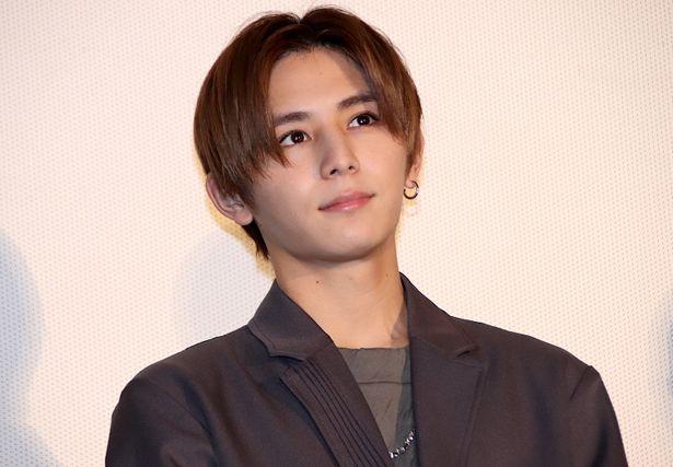 監督から、顔と内面の美しさを絶賛された山田涼介