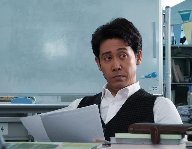 大泉洋演じる、編集長の速水の場面写真も解禁!