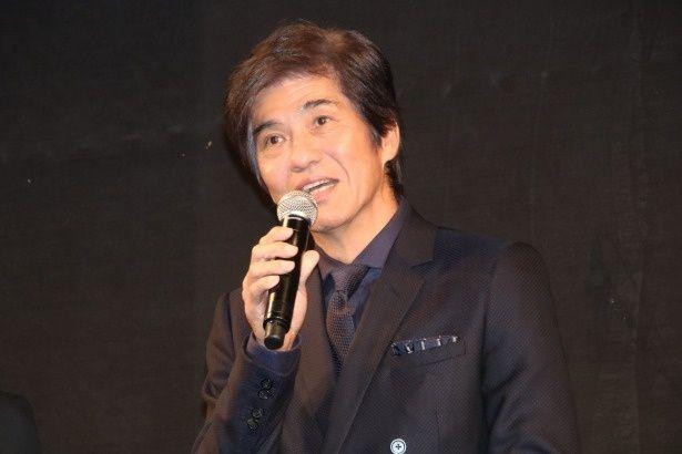 伊崎利夫役の佐藤浩市