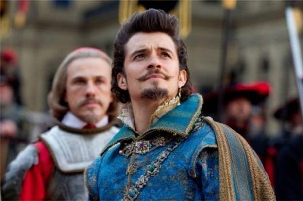 初の悪役挑戦となるオーランド・ブルームはバッキンガム公爵を演じる