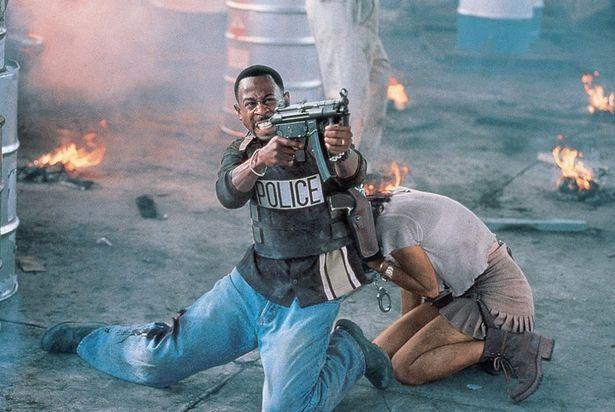 マーティン・ローレンスが平和主義者で気弱なマーカスを演じる(『バッドボーイズ』)