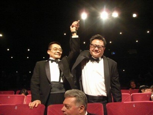 『TATSUMI』のエリック・クー監督(右)と原作作家の辰巳ヨシヒロ(左)