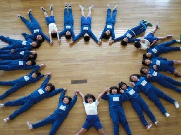 1年前、クラス全員で撮った記念写真
