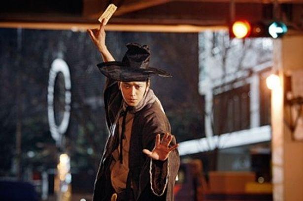 カン・ドンウォン主演映画『チョン・ウチ 時空道士』が日本上陸