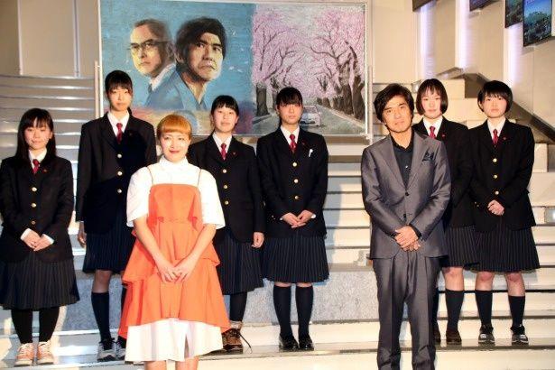 『Fukushima 50』のイベントに登壇した佐藤浩市と丸山桂里奈