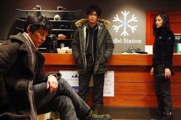 織田、黒木、伊藤が昨年出演した3作合計の興行収入は約200億円となる