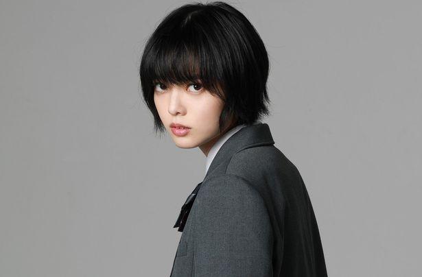 欅坂46を脱退した平手友梨奈が、2年ぶりの映画出演をはたす!
