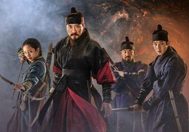 民衆を恐怖に陥れる人食いモンスターに朝鮮国最強の武人らが挑む!(『ムルゲ 王朝の怪物』)