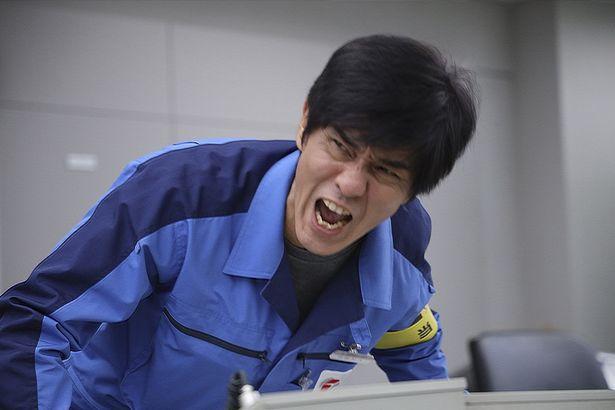 福島第一原発1・2号機当直長の伊崎利夫を演じる佐藤浩市(『Fukushima 50』)