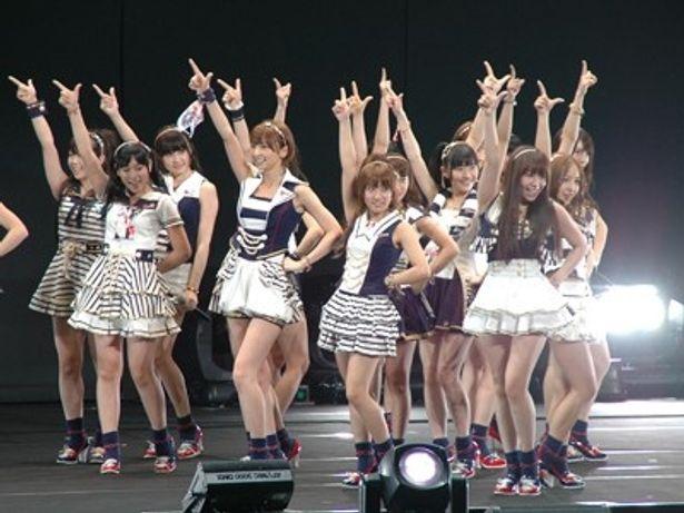 日本武道館で「LOVE in Action Meeting」が開催。スタートを華々しく彩ったのはAKB48!