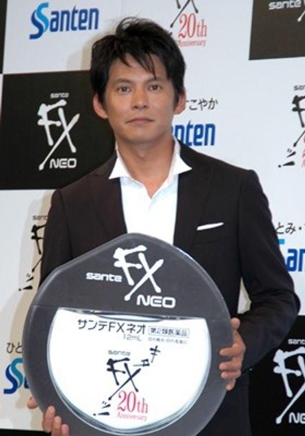 初登場から数えて20年ぶりに「サンテFX」のCMに起用された織田裕二さん。熱い「キターッ!」をお楽しみに