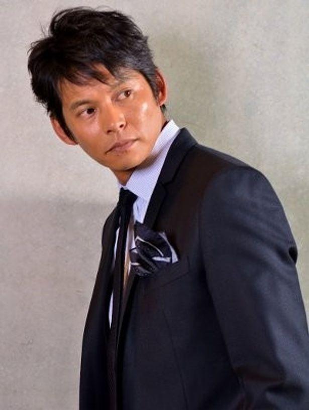 シリーズ最新作『アンダルシア』で外交官・黒田康作役を演じた織田裕二