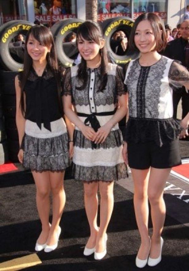『カーズ2』ワールドプレミアイベントに参加したPerfumeの3人