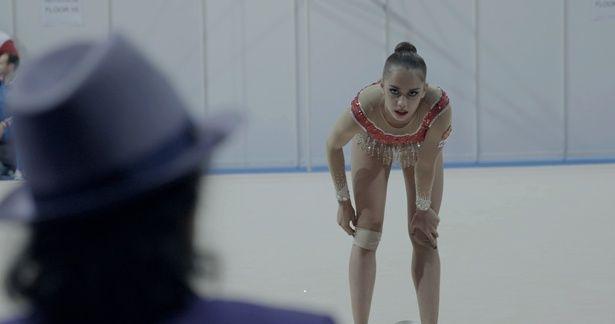 五輪アスリートの過酷なトレーニングを追ったドキュメンタリー『オーバー・ザ・リミット 新体操の女王マムーンの軌跡』