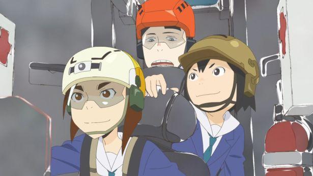 """3人がロボットのコクピットに乗り込む""""最強の世界""""を映像化!"""
