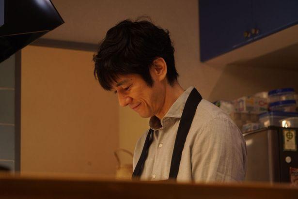 【写真を見る】シロさんの鮮やかな調理工程から目が離せない!<写真11点>