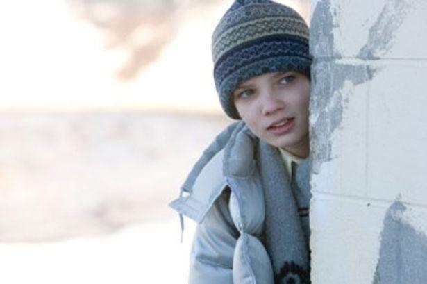 オリジナル版であるスウェーデン映画『ぼくのエリ 200歳の少女』の少年に雰囲気も似ている