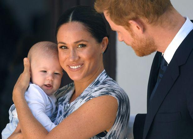 まもなく1歳の誕生日を迎えるメーガン妃とヘンリー王子の息子アーチーくん