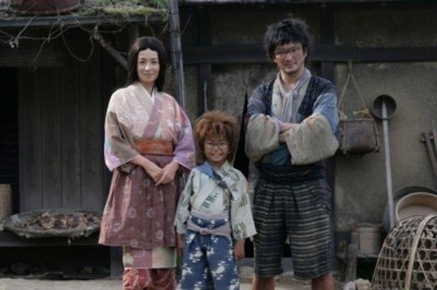 【写真】加藤清史郎扮する乱太郎の両親を演じるのは中村獅童と檀れい