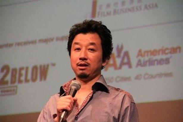 「もともと山田さんのファンでした。とにかく彼には目力がある」。石橋義正監督は山田起用の理由を語った