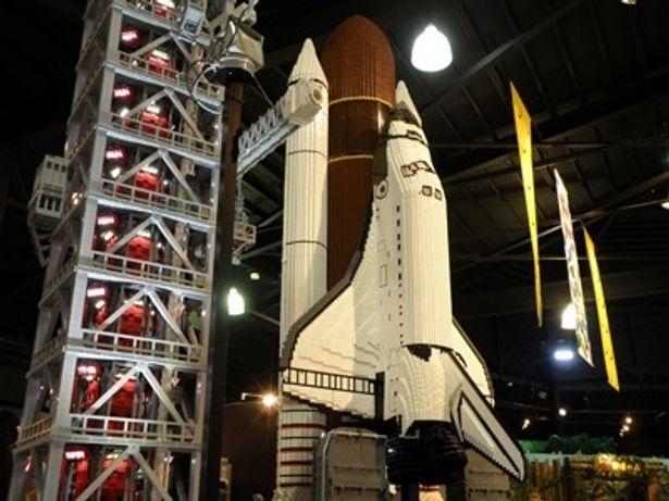 スペースシャトルの発射台をレゴブロックで再現した「NASU宇宙センター」